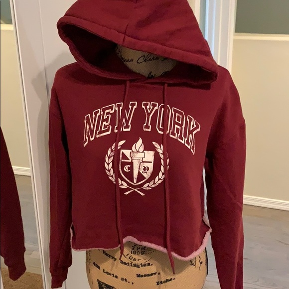 Cropped hoodie size Small, barely worn
